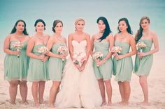 Style Me Pretty | GALLERY & INSPIRATION | CATEGORY: BRIDESMAIDS | PHOTO: 593447