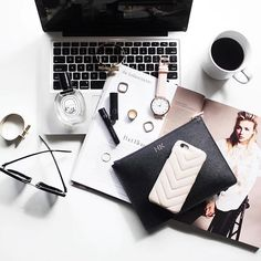 @mypetitedilemma // tag us @onmyworkdesk for features ! #flatlays #flatlayapp www.flat-lay.com