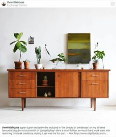 beauty of credenzas. the beauty of credenzas. / sfgirlbybaythe beauty of credenzas. Interior Design, House Interior, Home, Interior, Teak Credenza, Mid Century Modern Furniture, Home Furniture, Retro Home Decor, Retro Home