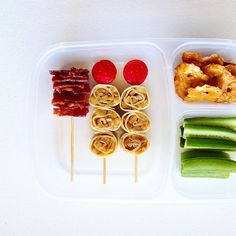 Apple crepe rolls + candied bacon = lunch. #bento #easylunchboxes