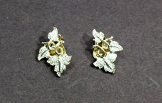 Vintage Clip On Earrings Shiny Leaves By Sarah by Aliciasoldandnew
