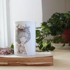 Taza mug de porcelana de alta calidad decorado con nuestra ilustración de forma…