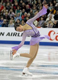 女子フリーで演技する浅田真央 (800×1104) http://www.nikkansports.com/sports/figure/asada-mao/photo/article/1626198.html