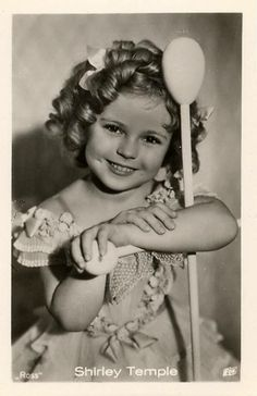 """A rare Ross postcard of child star/Hollywood legend """"Shirley Temple"""" circa 1930s! —"""