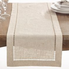 Natural Hemstitched Linen Blend Table Runner x Tan, Saro Lifestyle Set a welcoming table with the Saro Lifestyle Toscana Table Runner. Clean and contemporary, the handy cotton-linen blend table runner lessens your cleanup duty while lending a touch of ele Farmhouse Table Runners, Burlap Table Runners, Farmhouse Tabletop, Rustic Table, Table Runner Size, Dining Decor, Decoration Table, Kitchen Dining, Dining Room