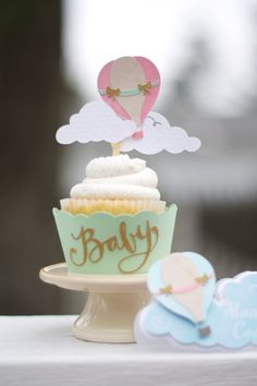 Hot Air Balloon Cupcake Toppers Multi by VanessaGrantEvents Baby Party, Baby Shower Parties, Baby Shower Themes, Baby Shower Decorations, Shower Ideas, Baby Shower Balloons, Birthday Balloons, Balloon Cupcakes, Hot Air Balloon Cake
