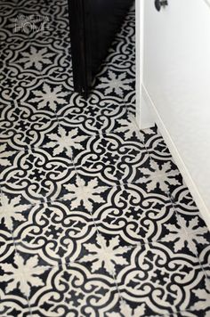 black and white moroccan cement tile - floor Moroccan Bathroom, Moroccan Decor, Porch Flooring, Vinyl Flooring, Wood Tile Floors, Limestone Flooring, Doors And Floors, Downstairs Toilet, House Tiles