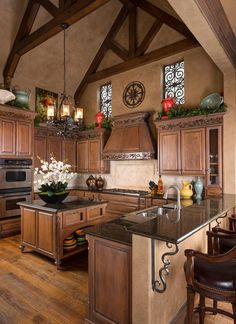 Find more ideas: Rustic Tuscany Kitchen Decor French Country Kitchen Cabinets Rustic Tuscan Kitchen Interior Design Rustic Tuscan Kitchen Pot Racks Ideas Rustic Tuscan Kitchen Beams Tuscany Kitchen, Rustic Kitchen, Country Kitchen, Kitchen Ideas, Italian Kitchen Decor, Kitchen Colors, Design Patio, Küchen Design, Design Ideas