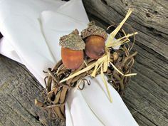 Acorn and Grapevine Twig Napkin Rings for Thanksgiving, Fall and Autumn (Set of 4, 6, 8, 10, 12). Handcrafted natural grapevine napkin rings for autumn or winter celebrations. These rustic napkin rings are made of natural grapevine twigs, real acorn caps with wooden acorns and raffia. They are the perfect touch for your Thanksgiving or Christmas table. You can choose your set size during checkout. ***Made to order so they will have their own unique variations from those shown. ***Matching...