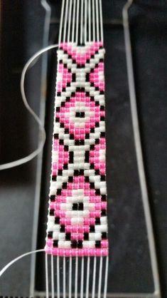 off loom beading techniques Loom Bracelet Patterns, Seed Bead Patterns, Bead Loom Bracelets, Jewelry Patterns, Beading Patterns, Embroidery Bracelets, Beading Ideas, Silver Bracelets, Mosaic Patterns