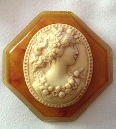 Vintage Bakelite Cameo Brooch