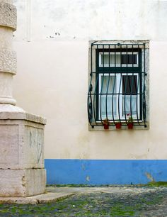 'Lisbon Window'  More photos on www.vise.pictures  #window #lisbon #urban #street #city #travel #pictures #topVISE #portugal