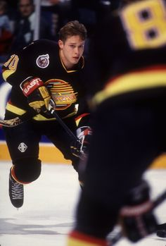 25 Apr Pavel Bure of the Vancouver Canucks. Nhl Hockey Teams, Ice Hockey Players, Nhl Players, Pat Quinn, Hartford Whalers, Hockey Hall Of Fame, Star Wars, Florida Panthers, Nhl Games