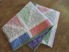 Scattered Gems Quilt...Absolutely love this!