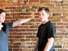 How to Punch: Palm Strike for a Street FightShane Fazen | fighttips.com #streetfight #self-defence