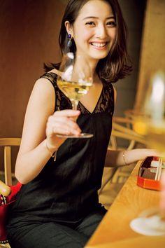 Nozomi Sasaki as Misaki Mori Japan Woman, Japan Girl, Photos Of Women, Girl Photos, Japanese Beauty, Asian Beauty, Beautiful Models, Beautiful Women, Prity Girl