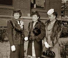 1945 Charles Teenie Harris photographed these stylish ladies