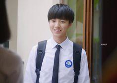 #王俊凯 #王俊凱 #boyband #karrywang #karry #wjk #wangjunkai #TFBOYS #teen #cpop #cute #cool #sweet #visual #handsome #chineseactor #hot #singer #actor #boy #왕준카이 #왕준개 #music #babyface #VươngTuấnKhải #わんじゅんかい #ワンジュンカイ #celebrity #star #asianstar #movie 图片cr:logo