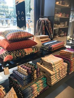 Missoni Home Luxurious Bedrooms, Bedroom Inspiration, Missoni, Essentials, Concept, Luxury, Store, Table, Life