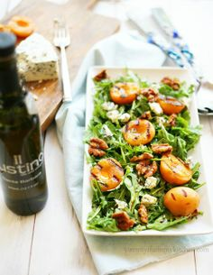 Yummy Mummy Kitchen: Grilled Apricot, Gorgonzola, and Candied Walnut Arugula Salad #foods #recipes