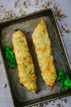 Favorite Sharp Cheddar-Crab Baguette Melts #sponsored #CabotBudgetMeals @cabotcheese Crab Melt, Homemade Cheeseburgers, Frozen Green Beans, Toasted Pumpkin Seeds, Grain Salad, Beef Tenderloin, Crab Cakes, Holiday Dinner, Artisan Bread