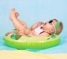 Summertime and the livin' is easy! At least that's what we all hope, right? Baby Trip'n Play wants to help make your life easier and more affordable by providing you with the proper equipment and educational toys. Click the link below to learn more. Baby Boys, Cello, Siege Bebe, 8 Month Olds, Daddy, Baby Birth, Baby Safety, Baby Needs, Baby Store
