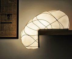 Lampe L por Anna Leymergie