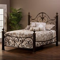 Hillsdale Mikelson Bed, Size: