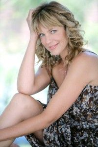 You may recognize Arianne Zucker as resident bad girl Nicole Walker from NBC's Days of Our Lives, but there is much more to Arianne than cat fights and evil schemes. Check out our interview as Zucker speaks on motherhood, changing lives, and living healthy.