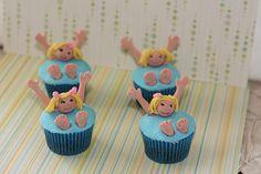 beach theme cupcake with fondant kids | by couture cupcakes 20 beach theme cupcakes by applegumkitchen