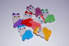Lil Kitty Brooch $15 by Ginette Pomette on #etsy #cats #kittens #gifts