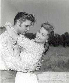 Vintage Pinups - Elvis Presley