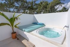 terrace rooftop terrace rooftop terrace rooftop terrace rooftop terrace rooftop terrace rooftop terrace rooftop terrace Beautiful backyard pool pool house 3 Tips To Buying A Luxury Hot Tub Small Backyard Pools, Small Pools, Backyard Patio, Pool Decks, Rooftop Terrace Design, Rooftop Pool, Terrace Ideas, Terrace Building, Garden Ideas