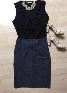 Kupuj mé předměty na #vinted http://www.vinted.cz/damske-obleceni/sukne-s-vysokym-pasem/14054496-elegantni-uzka-sukne-s-vysokym-pasem