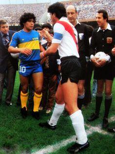 Daniel Passarella x Diego Maradona Legends Football, Football Icon, Best Football Players, Good Soccer Players, World Football, Sport Football, Argentina Football, Diego Armando, Image Foot