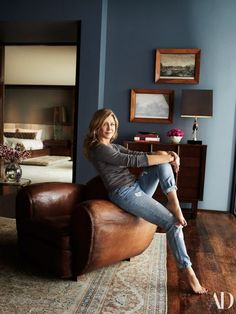 Check Out Jennifer Aniston and Justin Theroux's L. Home – Schauen Sie sich Jennifer Aniston und Justin Theroux L. Jennifer Aniston Haus, Jenifer Aniston, Casas California, California Homes, Justin Theroux, Decorating Your Home, Interior Decorating, Interior Design, Bohemian Living