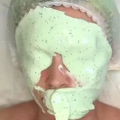 Tag someone who would love this! By Maureen Naudts tea mask Beauty Tips For Glowing Skin, Beauty Skin, Face Skin Care, Diy Skin Care, Facial Routine Skincare, Celebrity Skin, Celebrity Photos, Face Massage, How To Treat Acne