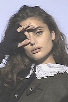 Taylor Hill for Miu Miu Fall 2019 shot by Sharna Osborne Retro Aesthetic, Aesthetic Girl, Pretty People, Beautiful People, Sup Girl, Taylor Hill, Aesthetic Pictures, Fasion, Makeup Looks