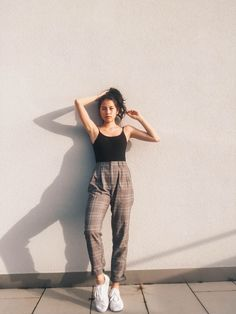 {Pinterest// Sadie Joyce} Dresscode, Simple Girl Outfits, Vintage Summer Outfits, Simple Ootd, Casual Outfits, Hot Outfits, Korean Fashion, Look Fashion, 90s Fashion