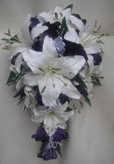 wedding bouquet lily | WEDDING BOUQUET,PURPLE CALLA LILY,ROSES,DIAMANTE | eBay I would do red instead of purple