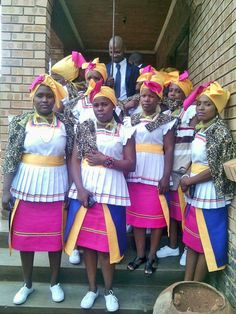 African Attire, African Wear, African Fashion Dresses, African Women, African Dress, Sepedi Traditional Dresses, African Traditional Wedding, The World Race, Plus Size Dresses