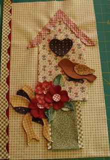 Sew'n Wild Oaks Quilting Blog: Home Tweet Home Sewing Appliques, Applique Patterns, Quilt Patterns, Applique Ideas, Felt Applique, Applique Quilts, Small Quilts, Mini Quilts, Applique Wall Hanging