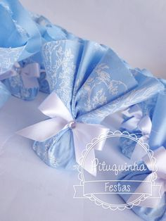 TROUXINHA BOMBOM CINDERELA                                                                                                                                                                                 Mais Cinderella Sweet 16, Cinderella Theme, Cinderella Birthday, Princess Birthday, Princess Party, Quinceanera Party Favors, Quinceanera Themes, 7th Birthday Party Ideas, 1st Birthday Girls