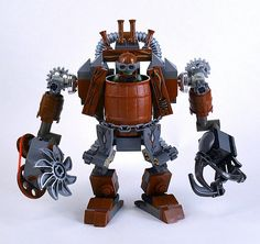 Built by goblins and driven by orks, the Shredder is really efficient to cut trees at a fast speed. Lego Mechs, Lego Bionicle, Steampunk Lego, Lego Dragon, Lego Universe, Lego Bots, Lego Custom Minifigures, Big Lego, Lego Knights