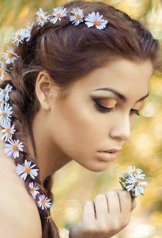 Festival Hair, Festival Makeup, Festival Style, Dark Photography, Portrait Photography, Photography Flowers, Fashion Photography, Spring Photography, Stunning Photography