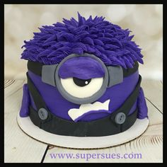 Evil purple minion rum chata cake