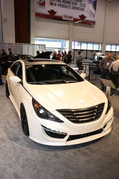 Bringing Benz style to the Korean sedan arena. Sonata 2012, Hyundai Genesis, Car Mods, Hyundai Sonata, Tuner Cars, Sport Cars, Luxury Cars, Cool Cars, Autos