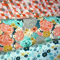 Making bundles! Fat Quarter bundles of the LOVELY Ava Rose line #avarose by #deenarutter