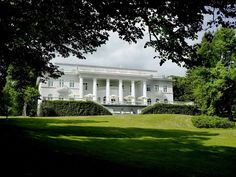 Hotel Haikko Manor and Spa is located only a 30 minutes drive from Helsinki city centre. We have excellent meeting and banquet facilities. Old Mansions, Mansions Homes, Malta, Finland Travel, Banquet Facilities, Country Estate, Homeland, Best Hotels, Places Ive Been
