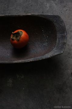 atelier Katsumi | black | red | tomato | dish | texture | composition